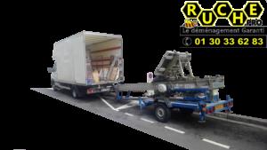 camion recommencer logo en grand